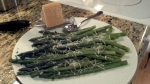 Easy and healthy recipe for asparagus with Reggiano Parmigiano from Paggi Pazzo!