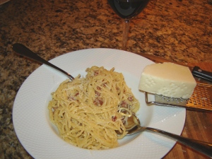 Authentic Roman recipe for spaghetti all carbonara from Paggi Pazzo.