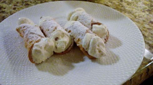 Cannoli Recipe with Chocolate Chip Filling from Paggi Pazzo